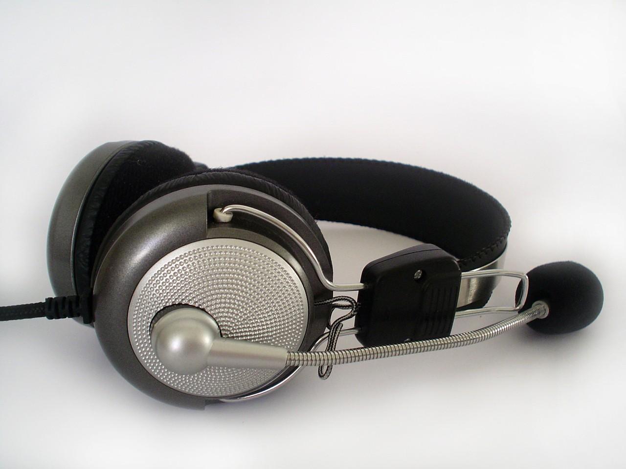Jak sparować słuchawki bezprzewodowe? – Krok po kroku
